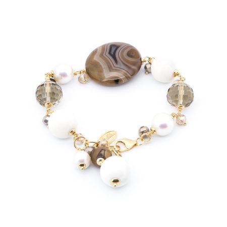 BR-F531 M Bracciale realizzato in agata, osso, cristalli, diaspro, perle. Colore marrone.